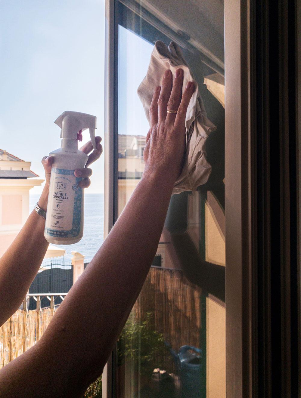come pulire finestre